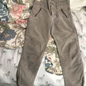 AE jeans size 4 xtra short